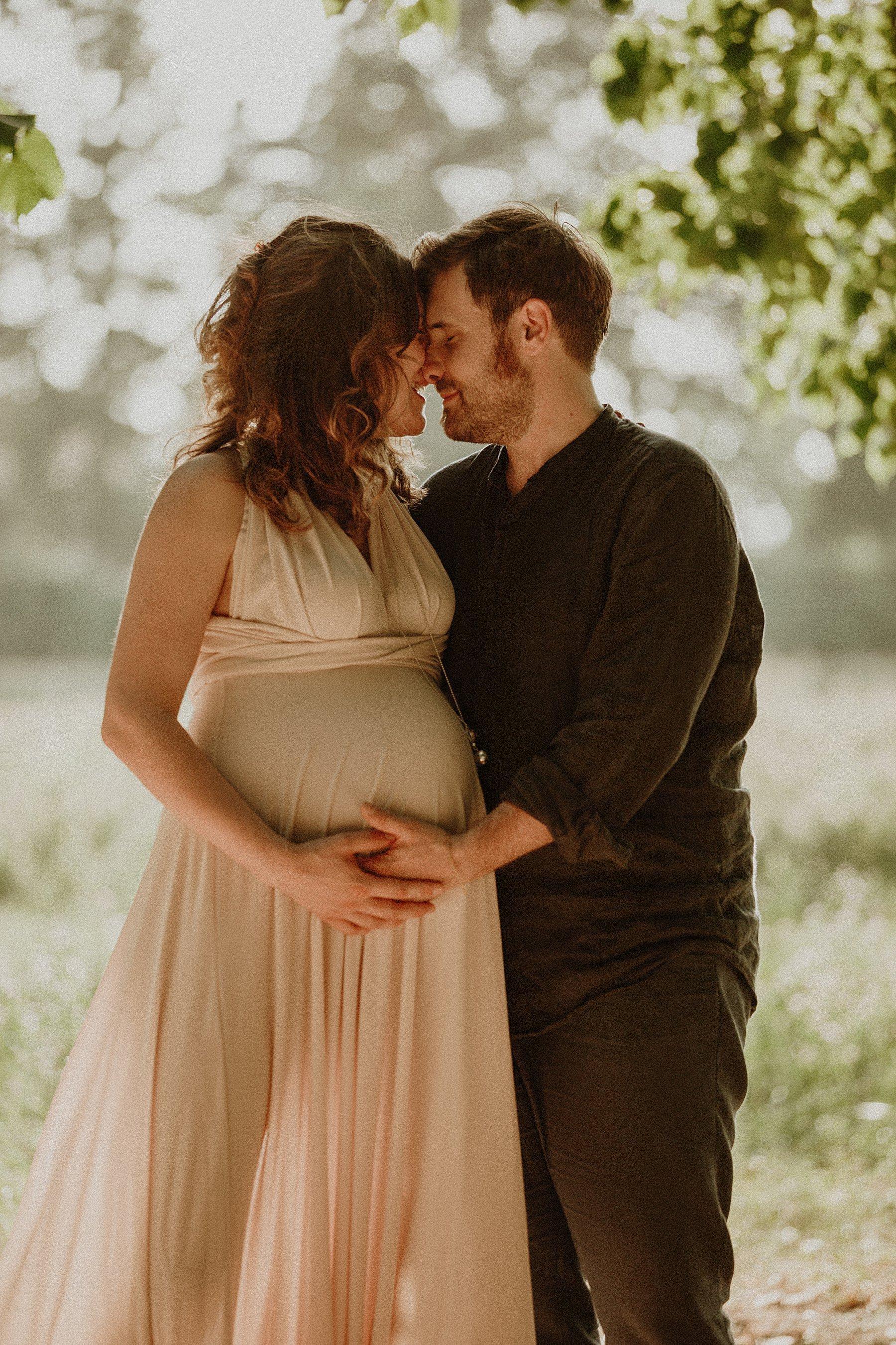 servizio fotografico maternità nel mugello studio treart