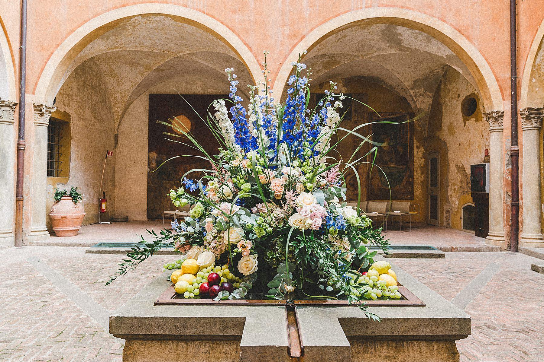 allestimento floreale cerimonia alla rocca di dozza