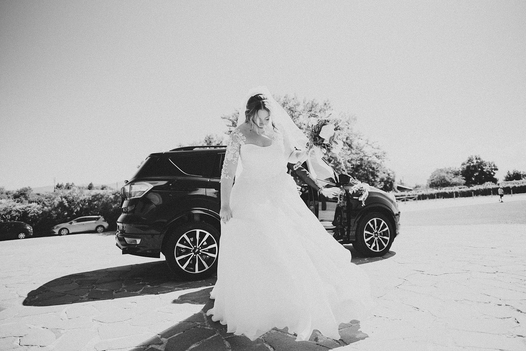 arrivo sposa in auto