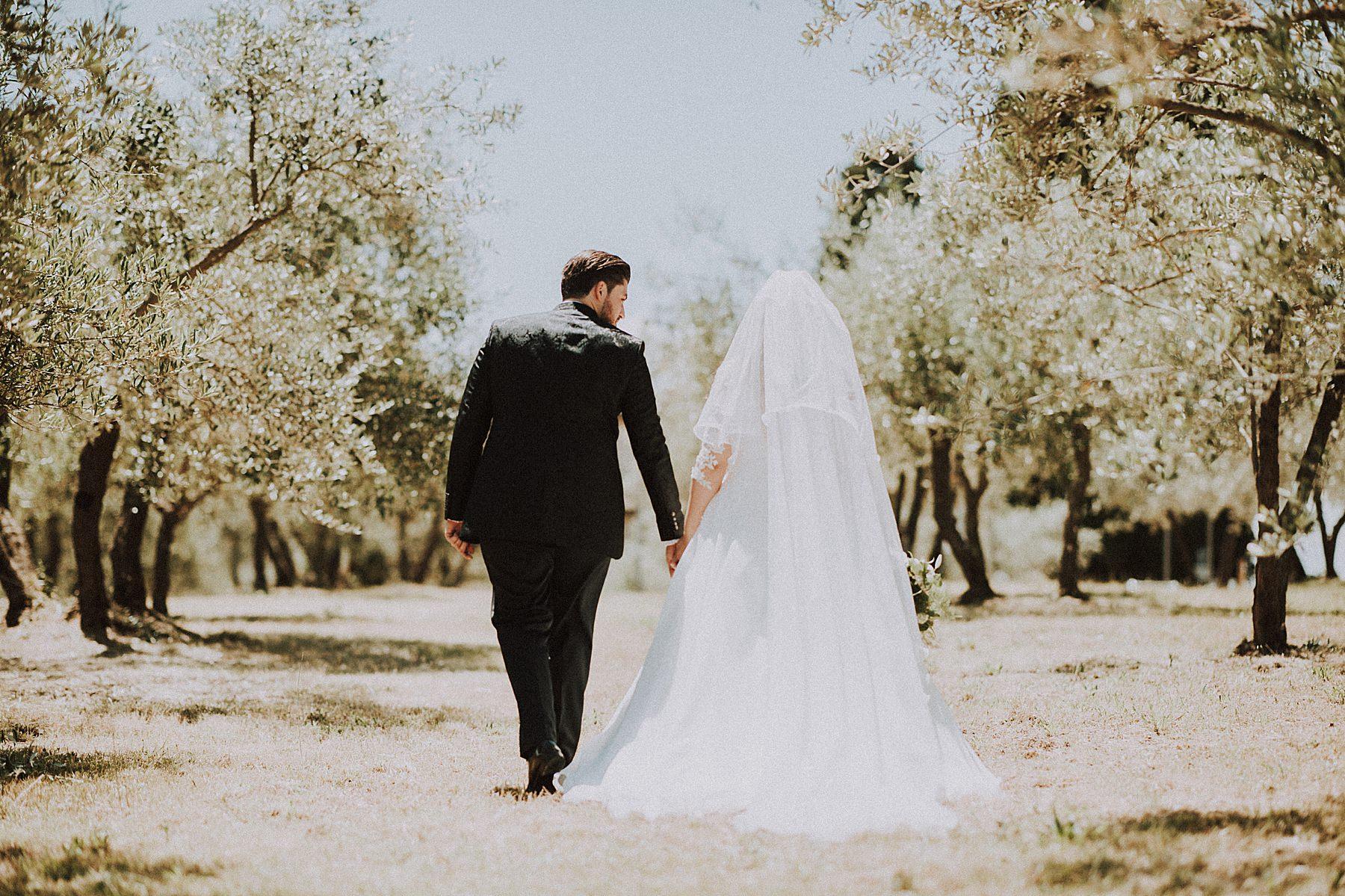 foto sposi tra gli ulivi toscana