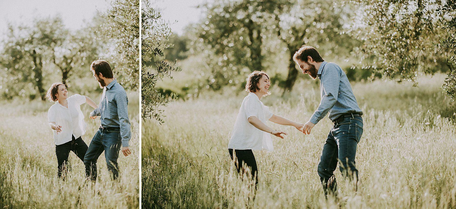 servizio fotografico tra fidanzati nella campagna toscana