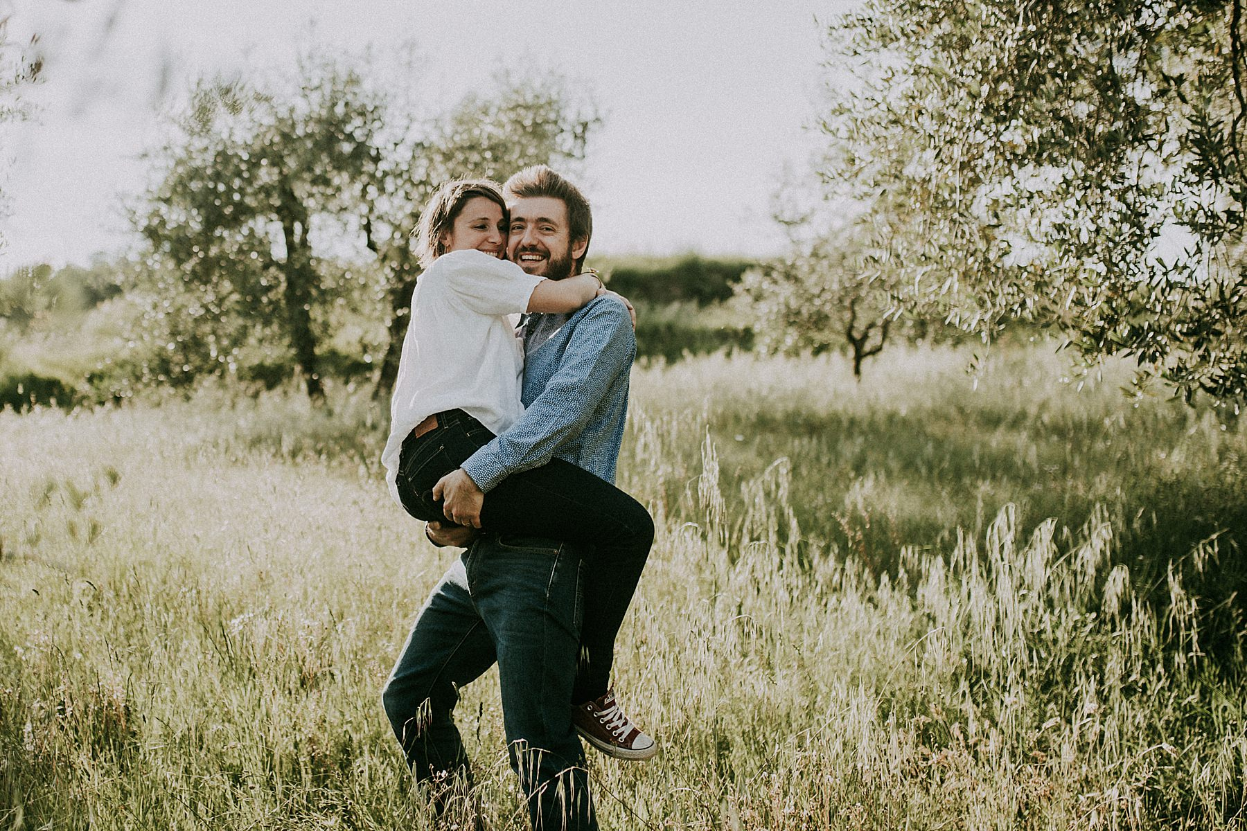 servizio fotografico tra fidanzati con scatti naturali