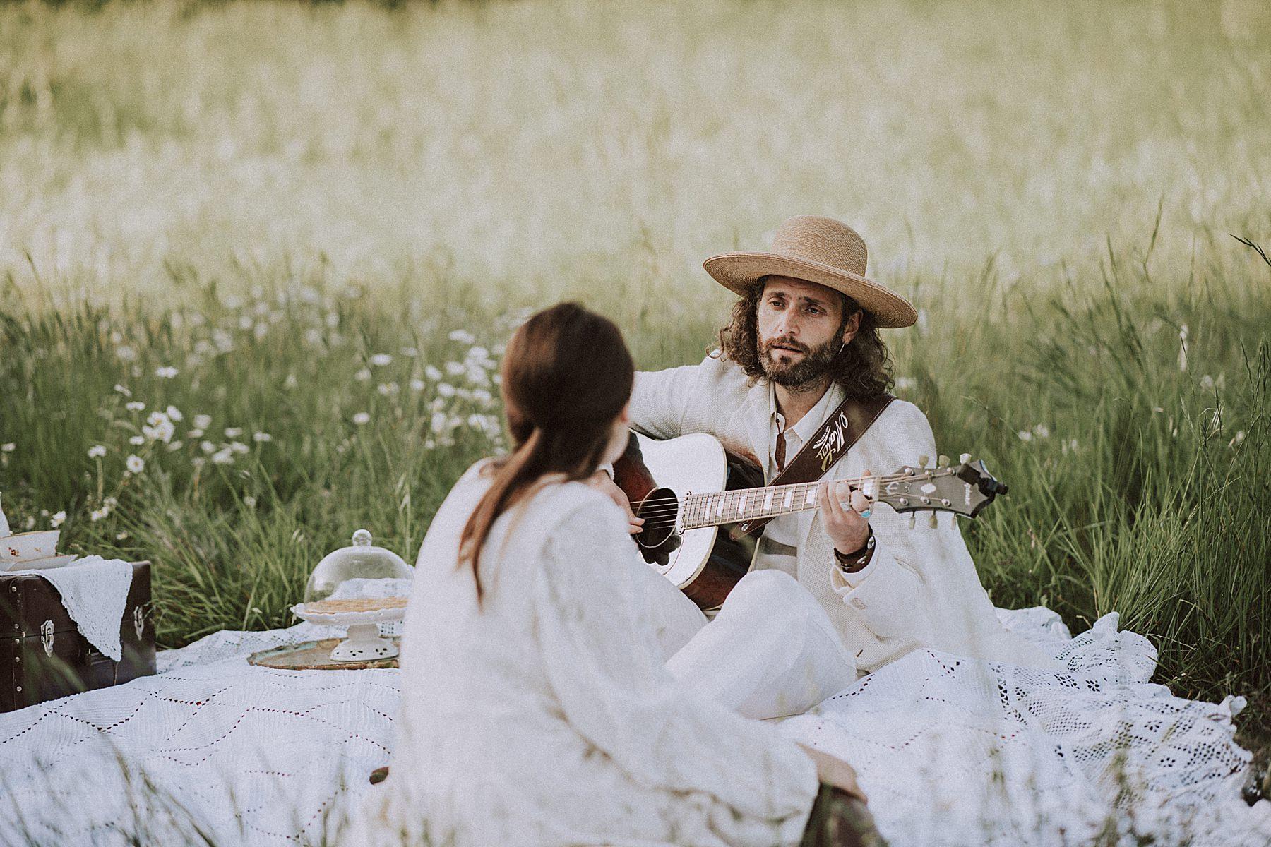 shooting fotografico pre wedding con picnic