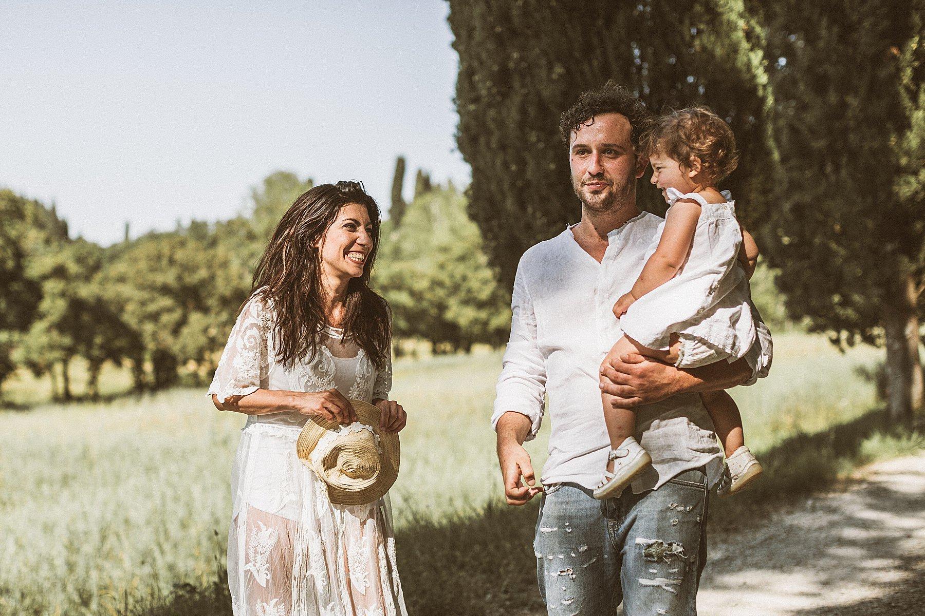 servizio fotografico di famiglia in campagna
